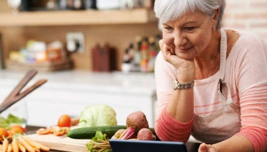 15 Healthy Eating Tips for Women Over 60