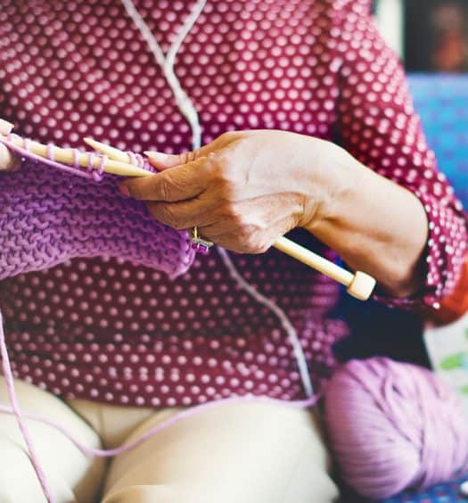 mental-health-benefits-of-knitting