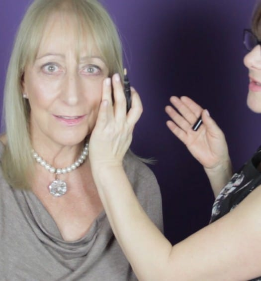 Evening Makeup Tips for Older Women: A 3-Minute Makeover