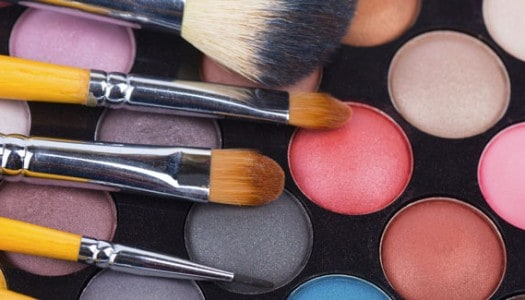 Applying Makeup for Women Over 60 Like A Celebrity Makeup Artist