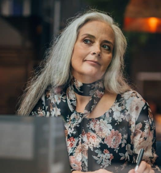 60-Shades-of-Grey-Why-More-Women-are-Going-Grey-Gracefully