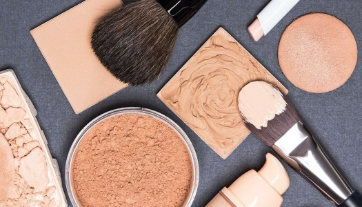 It's Time to Embrace Natural Makeup for Older Women (Video)