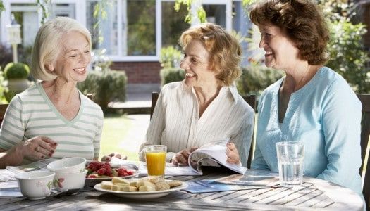 """Making Friends as an Adult – How to Look Past """"Accidental"""" Friendships"""