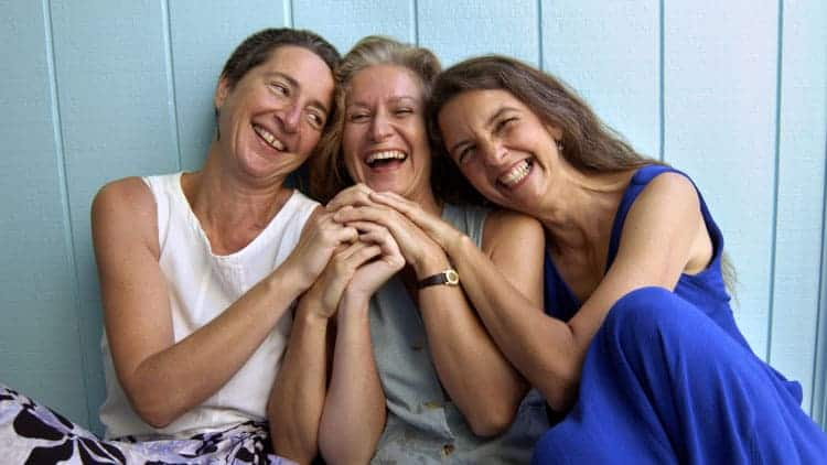 Anti-Aging Tips - Find Friends Who Make You Laugh