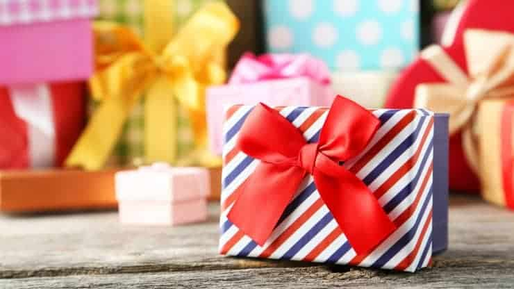 What is the Best 50th Birthday Present for a Man