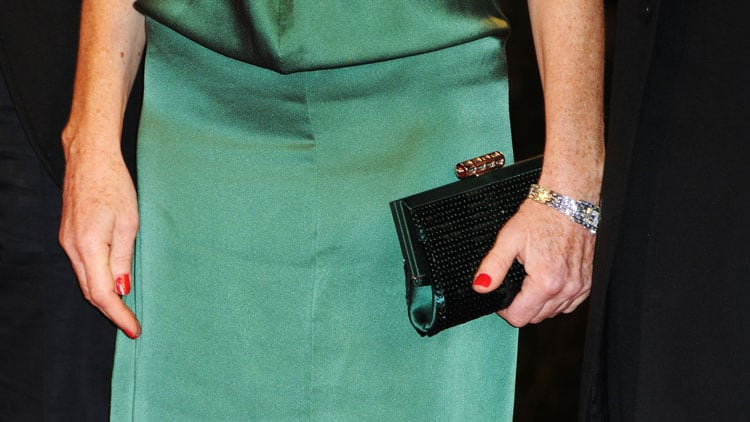6-Amazing-Bags-No-Woman-Over-50-Should-Live-Without---Clutch-bag--