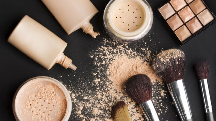 makeup tips for older women - fighting back against hay fever