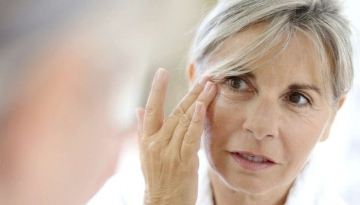 How to Get Rid of Dark Circles Under the Eyes and Winkles – Advice from a Professional Makeup Artist (Video)