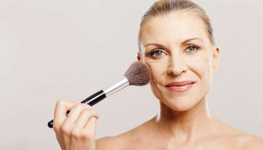 Professional Makeup Tips for Older Women: Looking Great in Skype, Photos and Videos (Video)
