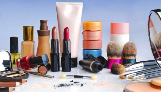 Who Sells the Best Makeup for Mature Skin? Which Products Do You Love?