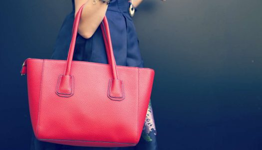 25 Tips for Shopping for the Perfect Handbag