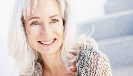 Eye Makeup for Older Women: How to Draw Attention to Your Beautiful Eyes (Video)