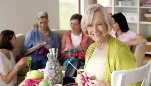 Learn to Knit with More Confidence with these 6 Knitting Tips for Beginners