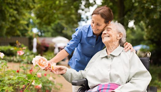 3 Ways to Nourish and Care for a Terminally Ill Loved One