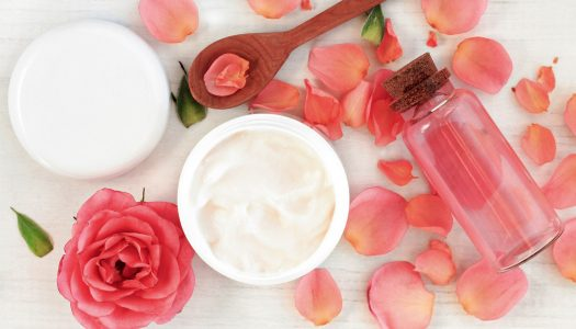 Skincare for Mature Skin: When to Use Facial Oils and Serums Instead of Moisturizers