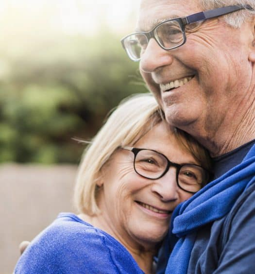 Staying-Safe-on-Senior-Dating-Sites