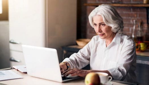 4 Tips for Setting Up a Home Computer After Retirement