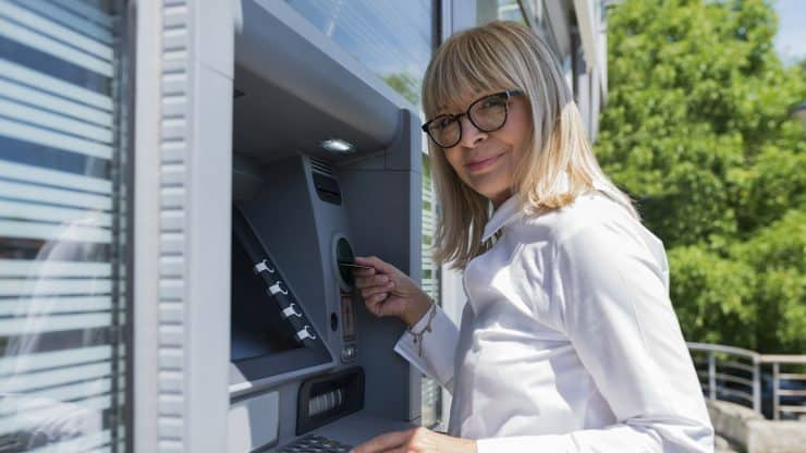 Find-an-ATM-While-Traveling