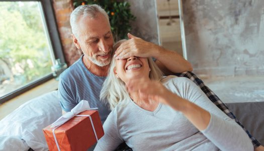 7 Gift Giving Ideas for the Senior Fitness Fanatics