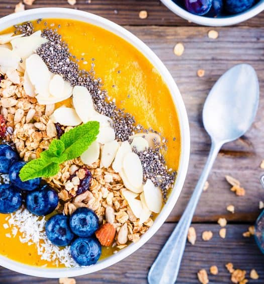 Aging-Youthful-Smoothie-Bowls