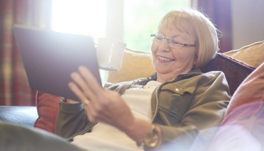 Online Dating After 60: Here Are 4 Ways to Simplify Your Experience