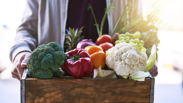 Ditch-that-Bloat-with-a-Whole-Foods-Cleanse