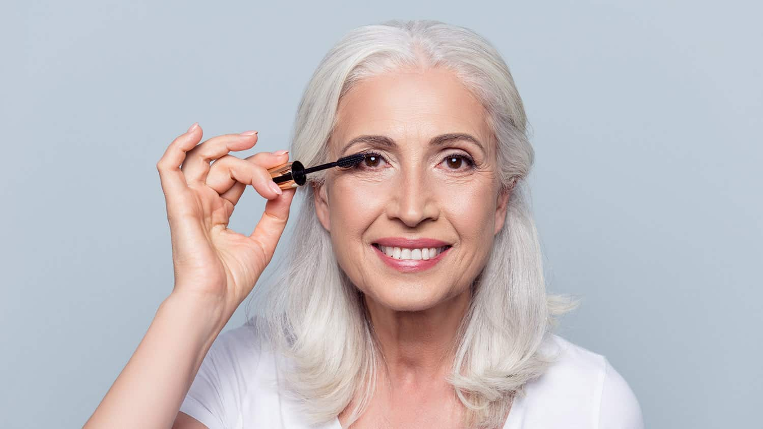 11 Tiny Makeup for Older Women Tips That Make a Big Difference