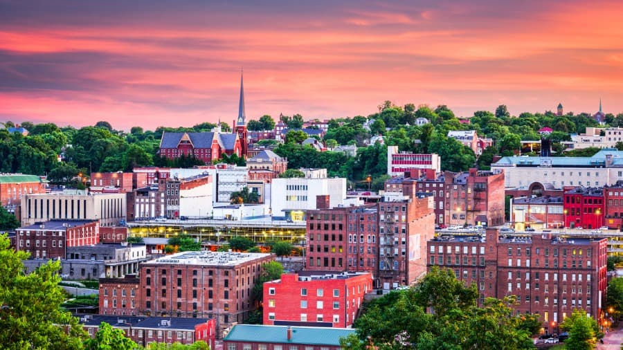 lynchburg-virginia-town places to retire