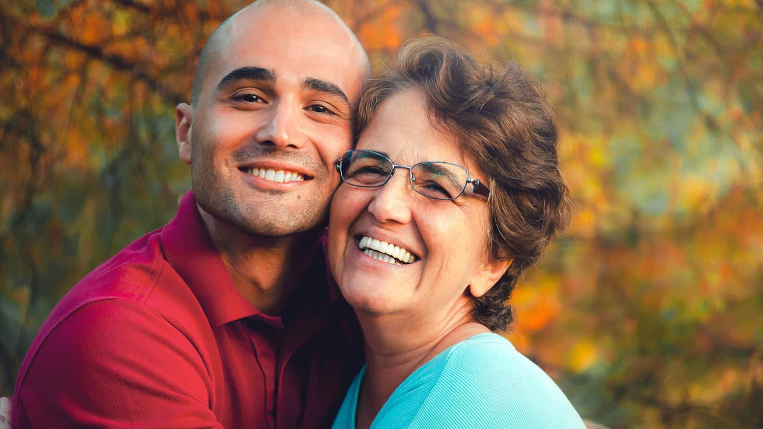 """Being a """"Cougar"""" May Be Popular, but Is It Good for Your Health? 