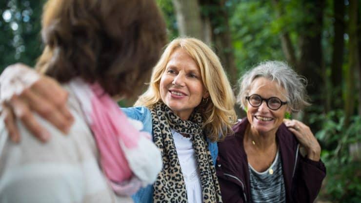 Habits-of-Happy-Older-Women