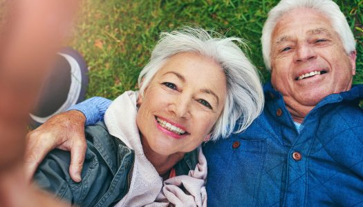 4 Crazy Ways We Limit Ourselves When Dating Over 60!