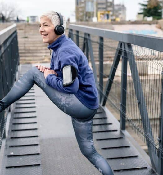 3 Powerful Reasons to Stretch Every Day No Matter Your Age