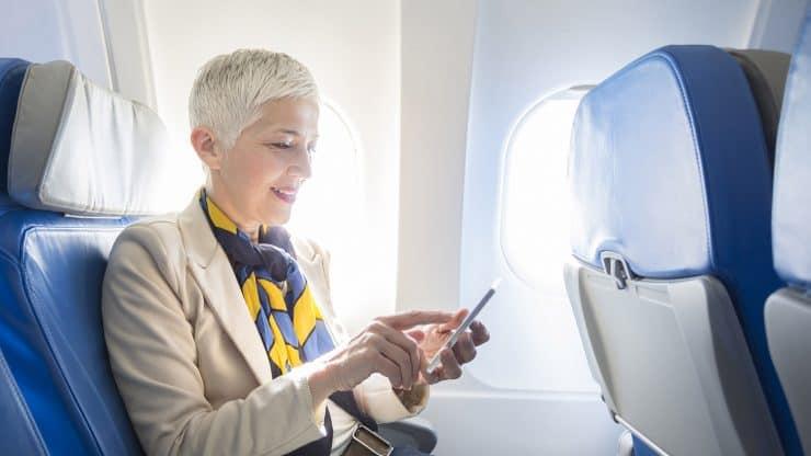 Feel-Comfortable-on-a-Long-Haul-Flight