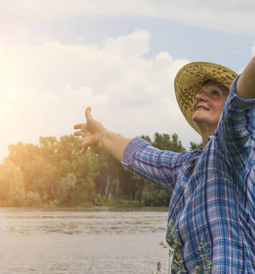 How-Accepting-Hardships-Helps-Us-Grow-Wiser-in-the-Years-After-60