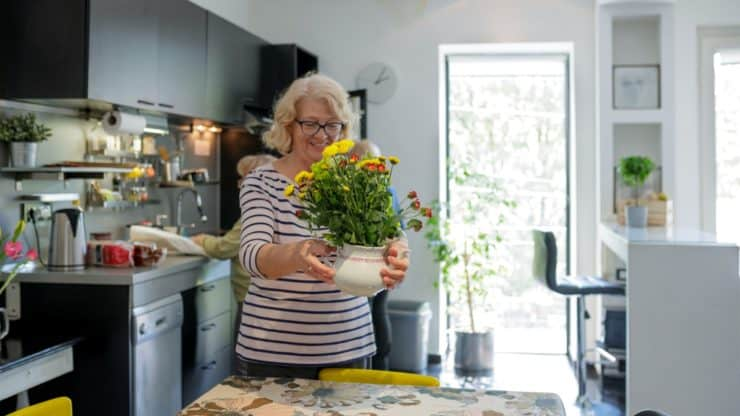 3 Big Fears that Stop Seniors from Renting their Home on Airbnb (and How to Deal with Them)