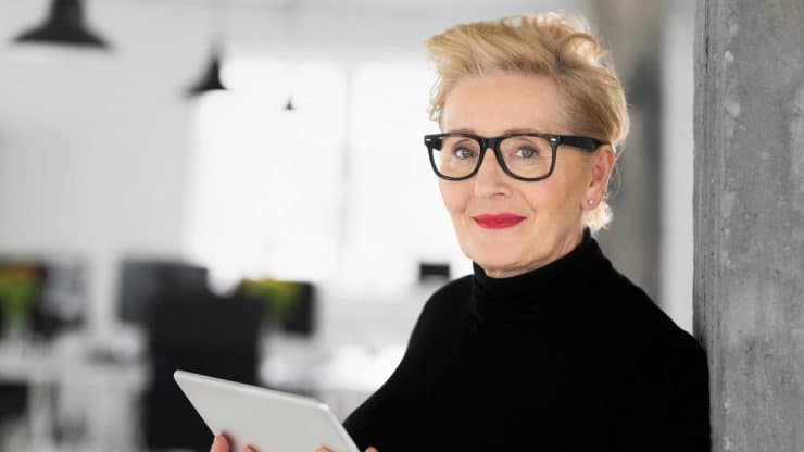 3 Types of Mindsets a Mature Woman Can Embrace When Pursuing Professional Reinvention
