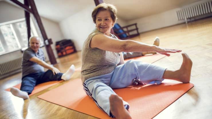Benefits-of-Yoga-for-Senior-Women