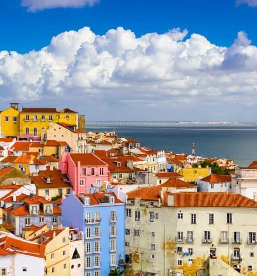 retiring in portugal