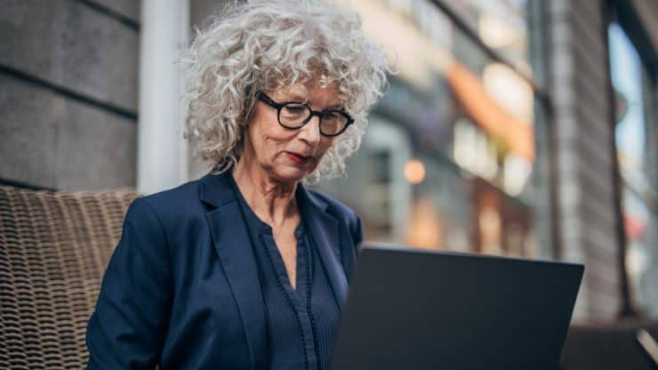 Why Guest Blogging Can Be an Exciting Post-Career Activity