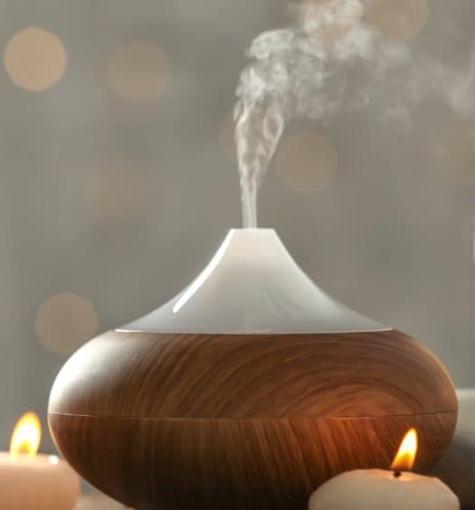 How to Choose Essential Oils to Clean and Disinfect Your Air at Home