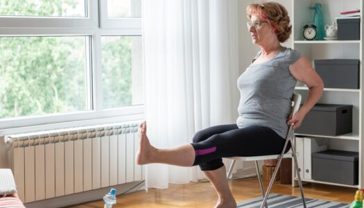 Surprisingly Effective Chair Workout for Legs and Core (VIDEO)