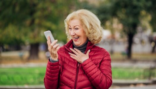 Looking for Love in 2021? 5 Tips for Successful Online Dating