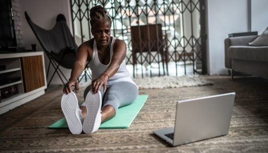 9 Tips for Getting the Most Out of Your Online Fitness Classes (VIDEO)