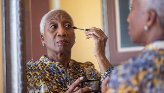 The Quickest, Easiest Makeup Routine for Older Women (VIDEO)